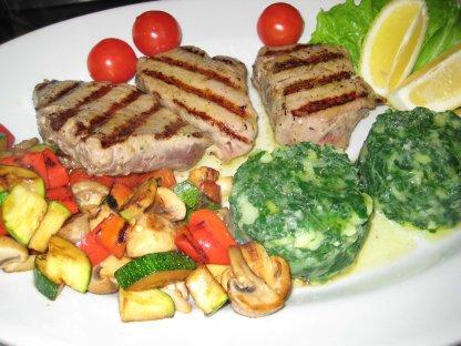 Tuna sa žara s povrćem